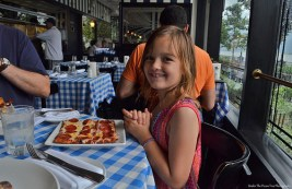 """Oh my, pizza at the Hudson River in New York City! I love it!"""