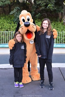 Sara, Pluto and Katelynn have a blast in Mickey's Toontown