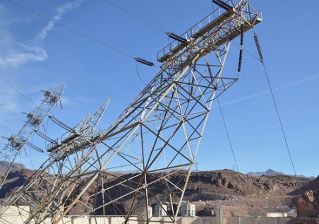 It looks very neat, how they installed these electric towers on the Nevada side at Hoover Dam.
