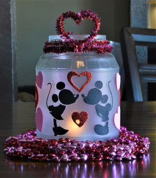 Cute Valentine's candle jar with Mickey & Minnie