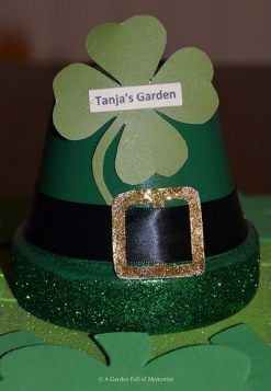 "DIY St. Patrick's Day ""Leprechaun Hat"" clay pot for my greenhouse"