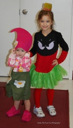 My little Garden Gnome & Marvin, the Martian (2011)