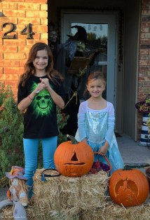 "Katelynn and Sara are ready to go to ""Trick-or-Treat""."