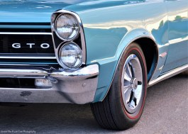 My guess: it is a mid 1960s Pontiac GTO.