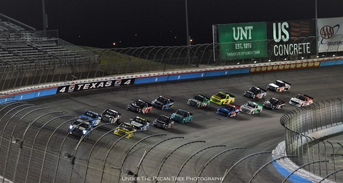 VANCOR 350 NASCAR Gander Outdoors Truck Race