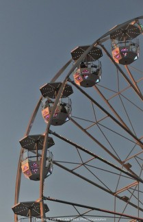 Smaller Ferries Wheel closer to the Chevrolet stage